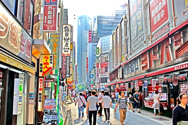 新宿西口電気街