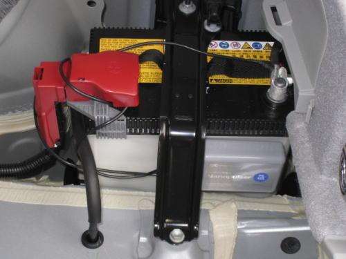 Toyota-トヨタ30系Prius-プリウス、補機12Vバッテリー-12V battery
