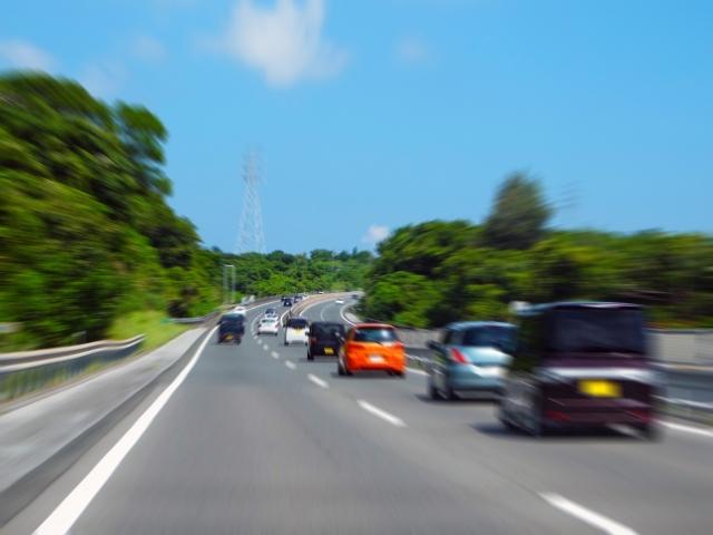 自動車、道路
