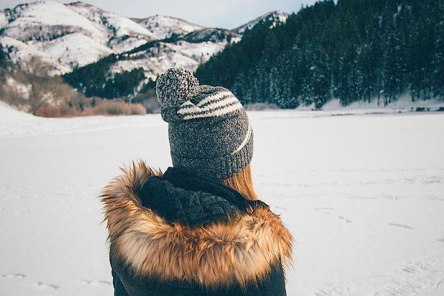 雪山、女性